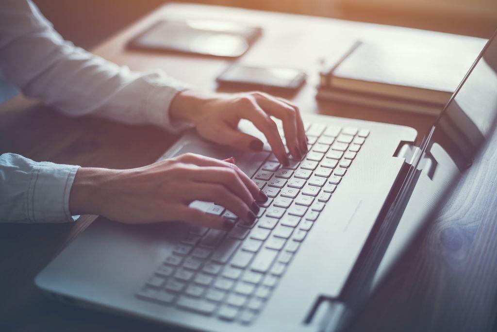 Für talentierte Schreiber: eigene Texte verkaufen
